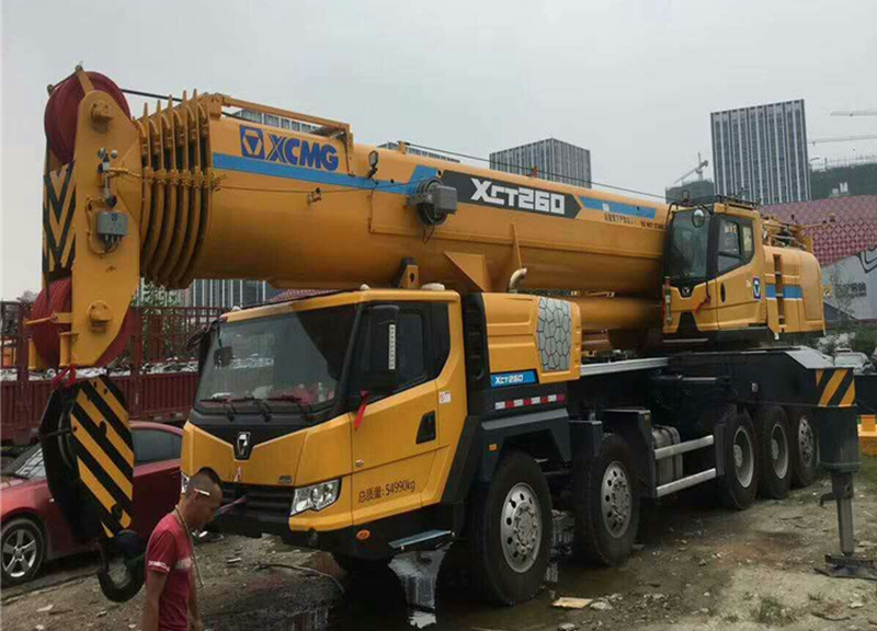 泸县150吨吊车出租